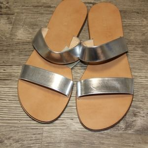 NWT J Crew Malta flat Sandals Silver Size 10